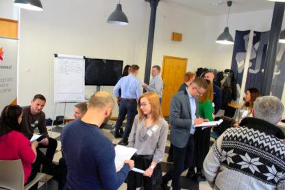 Gra szkoleniowa W centrum - badanie potrzeb, negocjacje, sprzedaż - GraSzkoleniowa.pl